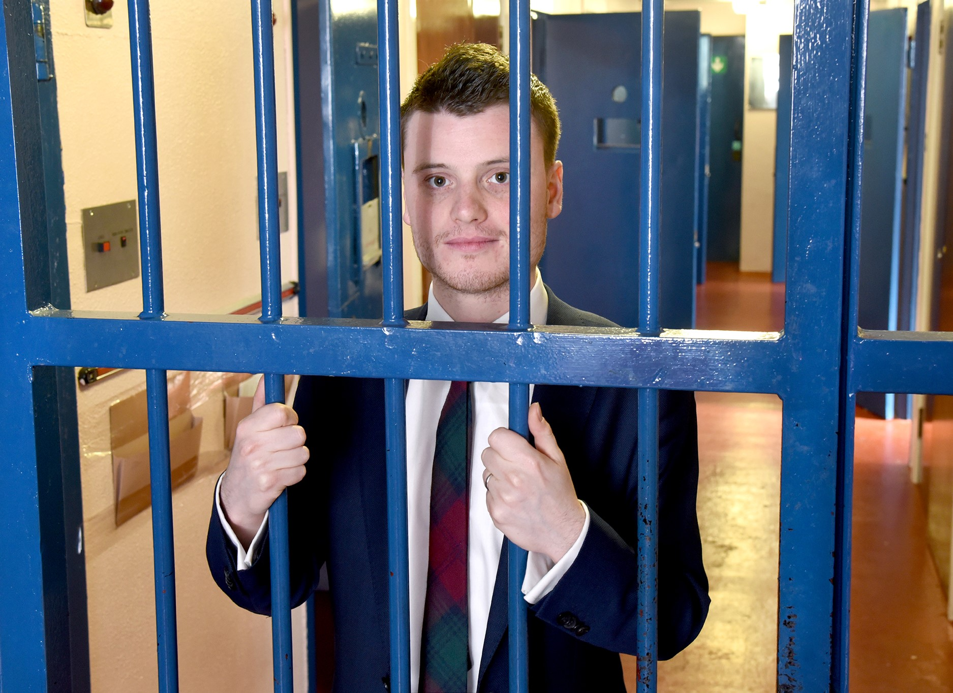 matt-wardrop-bars-002.jpg?center=0.33486238532110091,0